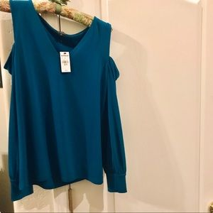 BNWT Express Turquoise Cold Shoulder Top X Small